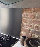 zwarte achterwand keuken